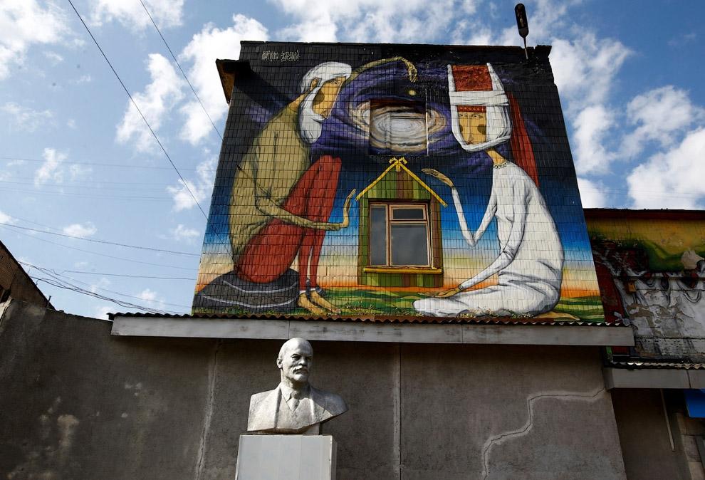 Бюст Ленина в Минске, Белоруссия
