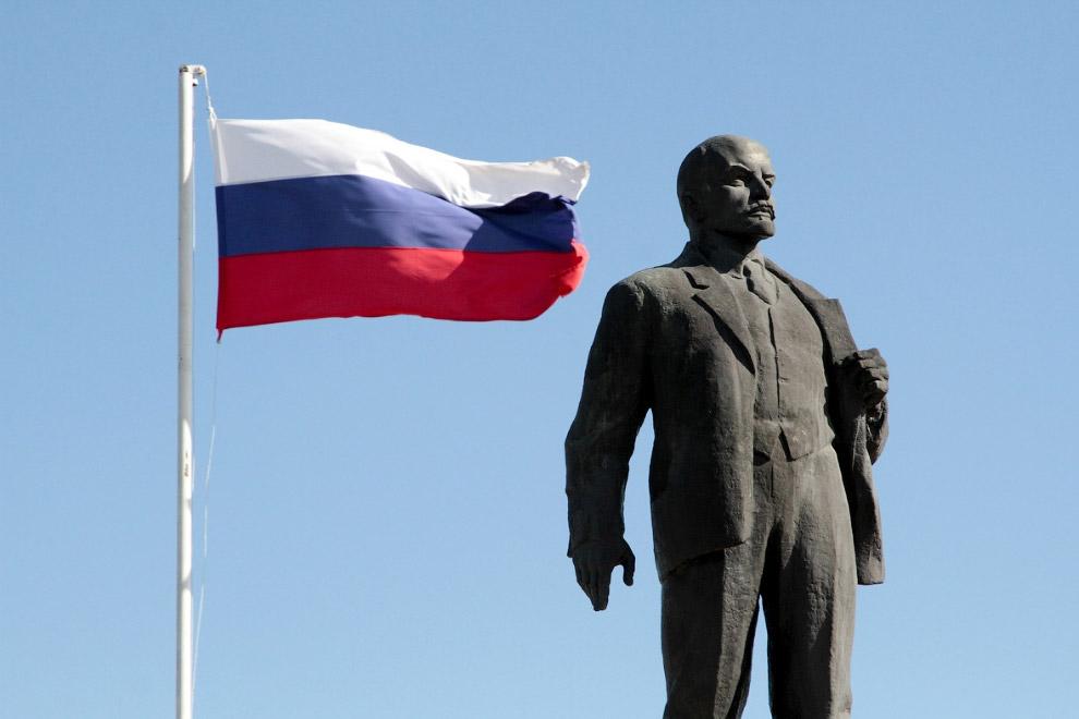 Ленин в Бахчисарае, Крым