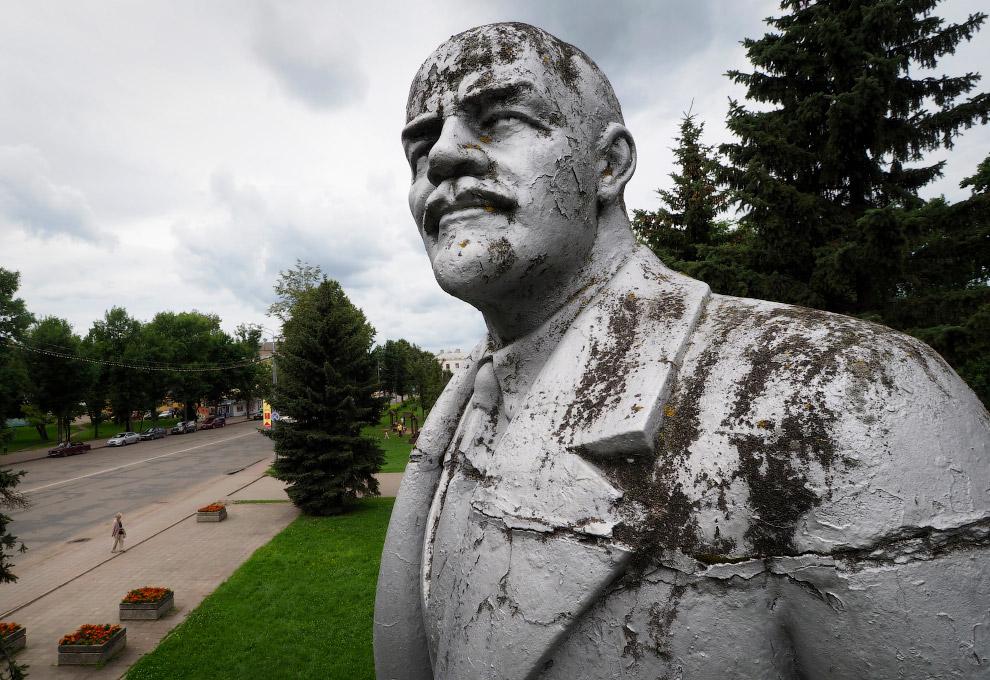 Ленин в Угличе