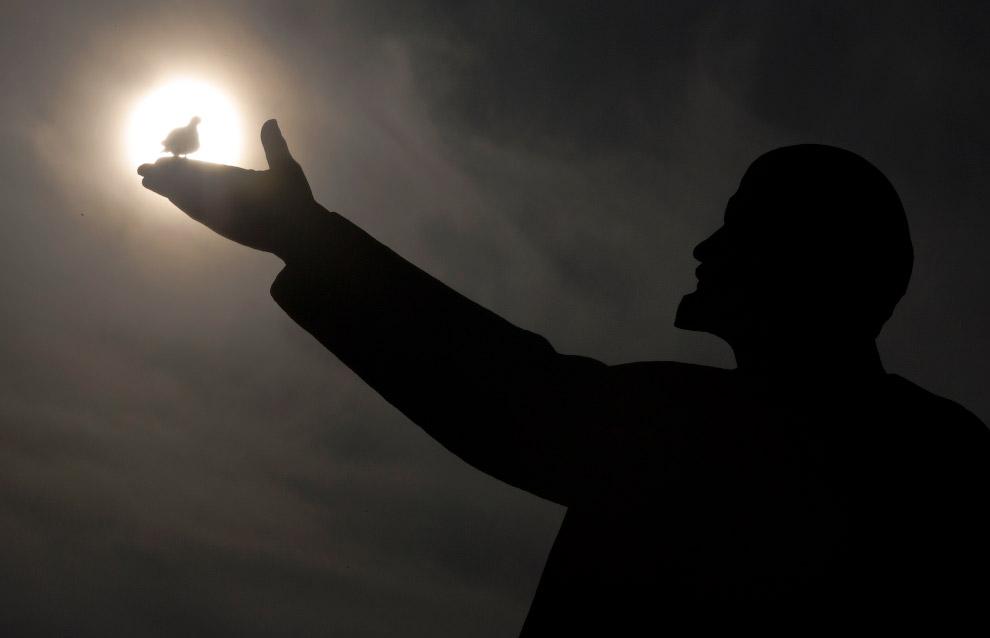 Ленин в Казахстане