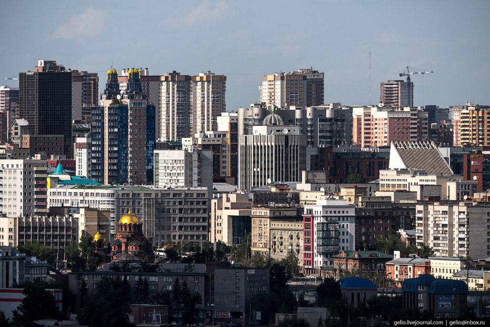 Плотная застройка в центре Новосибирска.