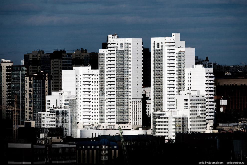 3-этажный ЖК «Эльбрус» на улице Шевченко в Октябрьском районе.
