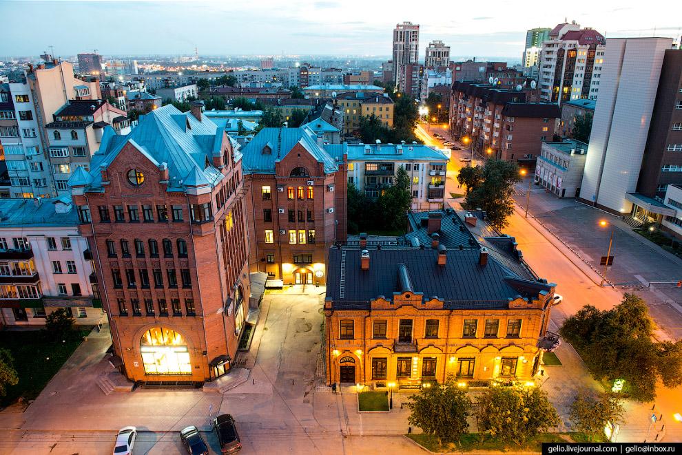 Деловой центр «Академия» и ресторанный комплекс La Maison.
