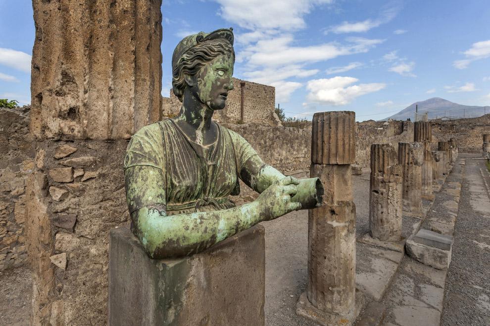 Помпеи, Италия