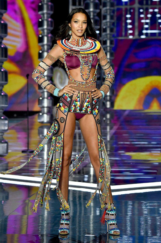 Бразильская модель Лаис Рибейро