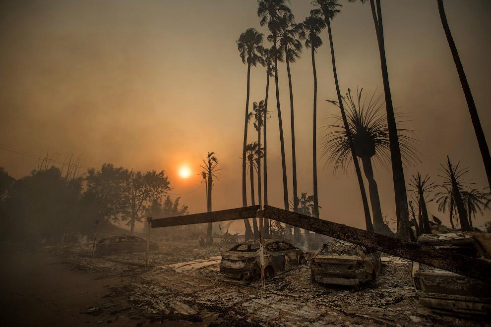 Выжженная местность в округе Вентура, Калифорния