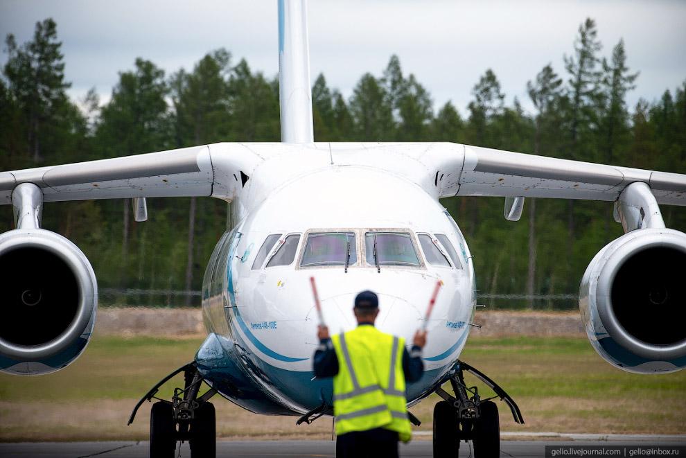 Ан-148 совершил посадку в Талакане