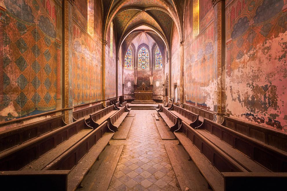 Заброшенная французская церковь