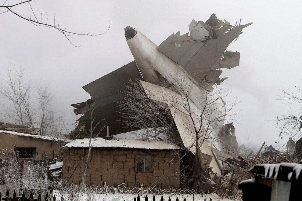 Утром 16 января под Бишкеком упал турецкий Boeing