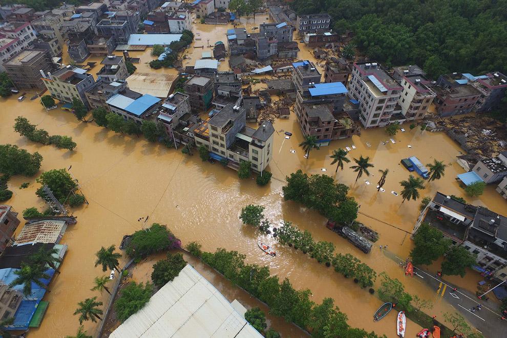 Наводнение на юге Китая в провинции Гуанчжоу