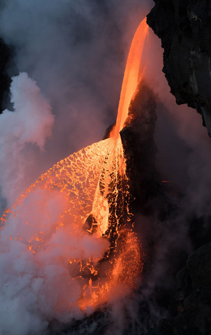 Огненный водопад на Гавайях