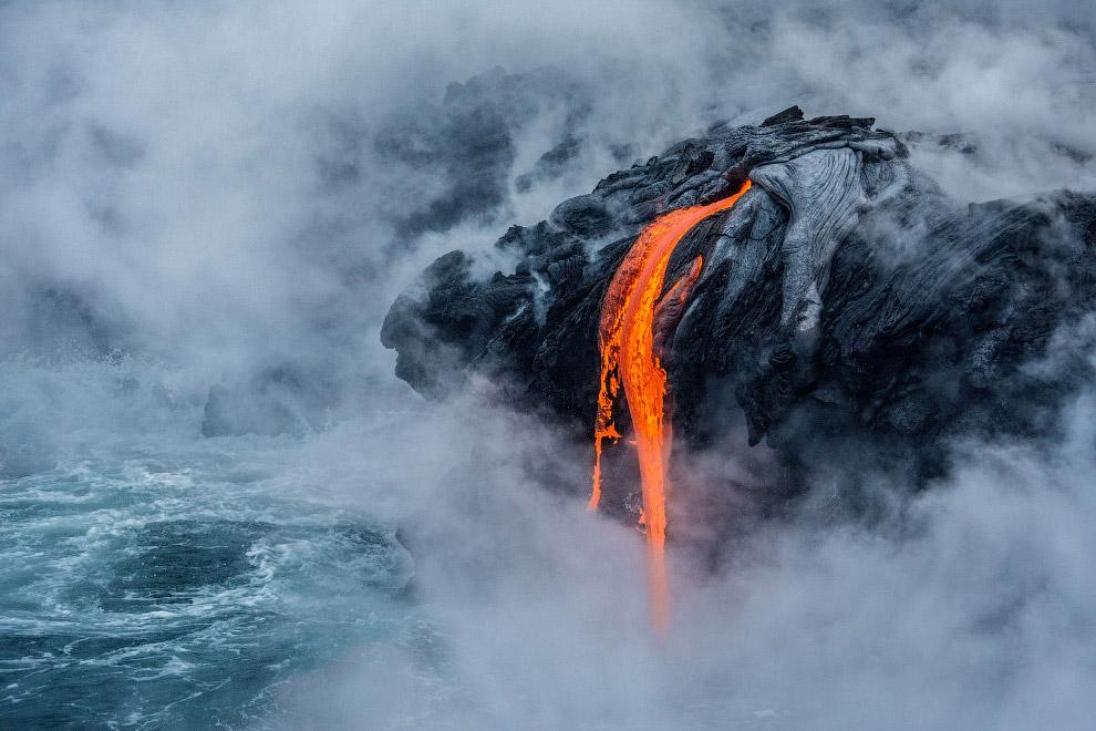 Лава в Национальном парке Гавайские вулканы