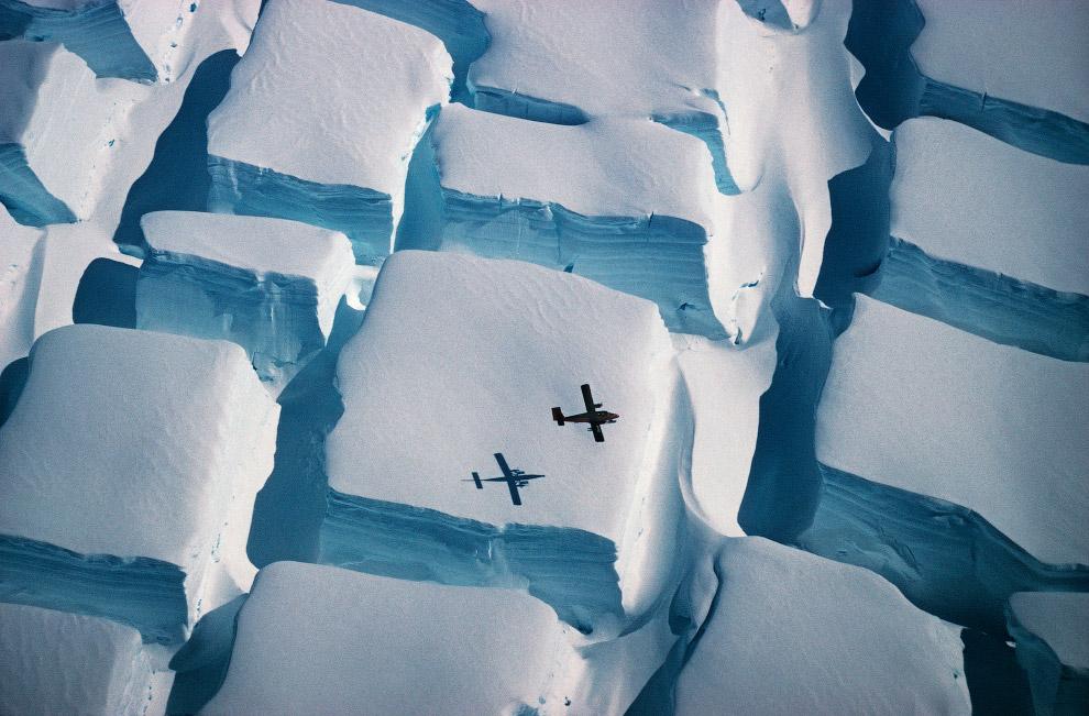 Самолет и «сахарные» ледники Антарктического полуострова