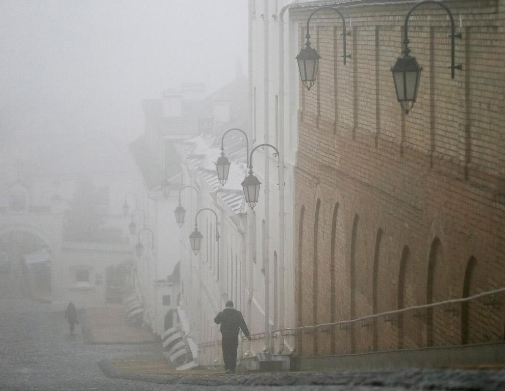 Туман в Киеве, Украина