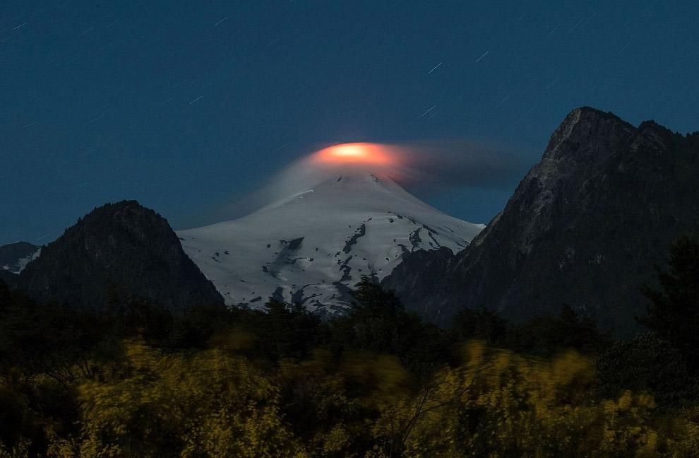 Извержение вулкана Вильяррика в Араукании, Чили