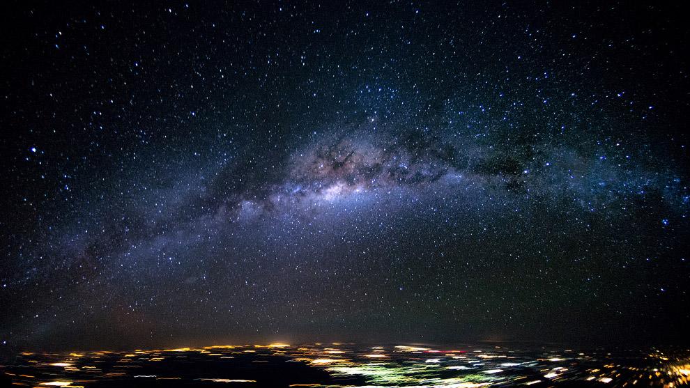 Галактика Млечный путь над Бразилией