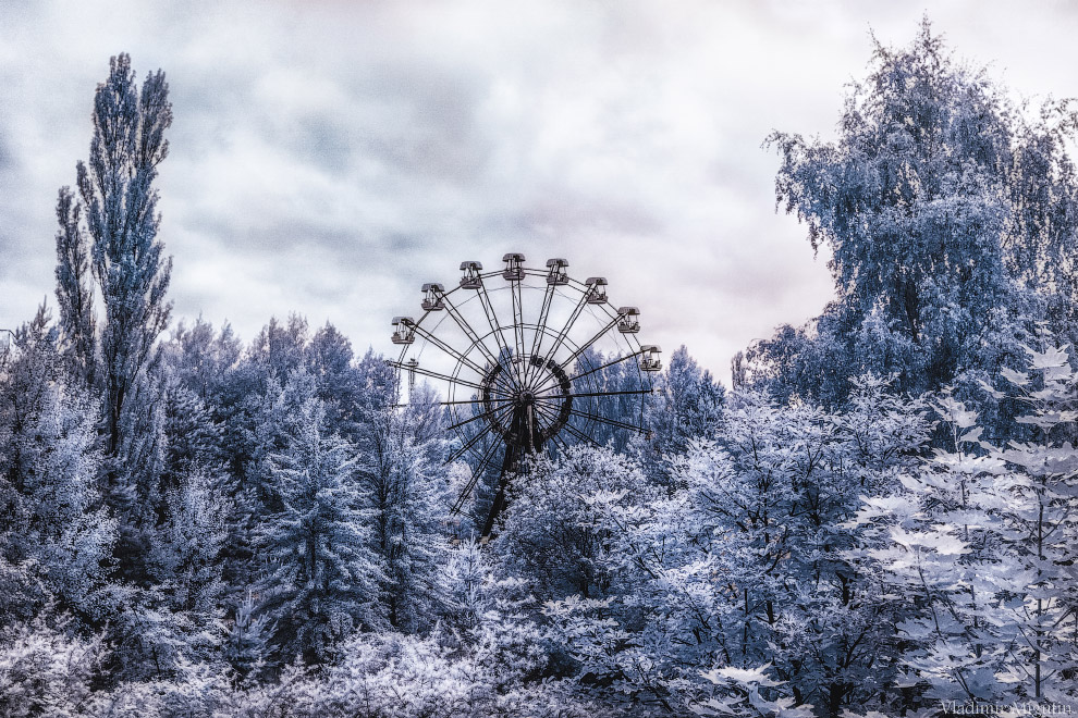 Знаменитое 26-метровое колесо обозрения