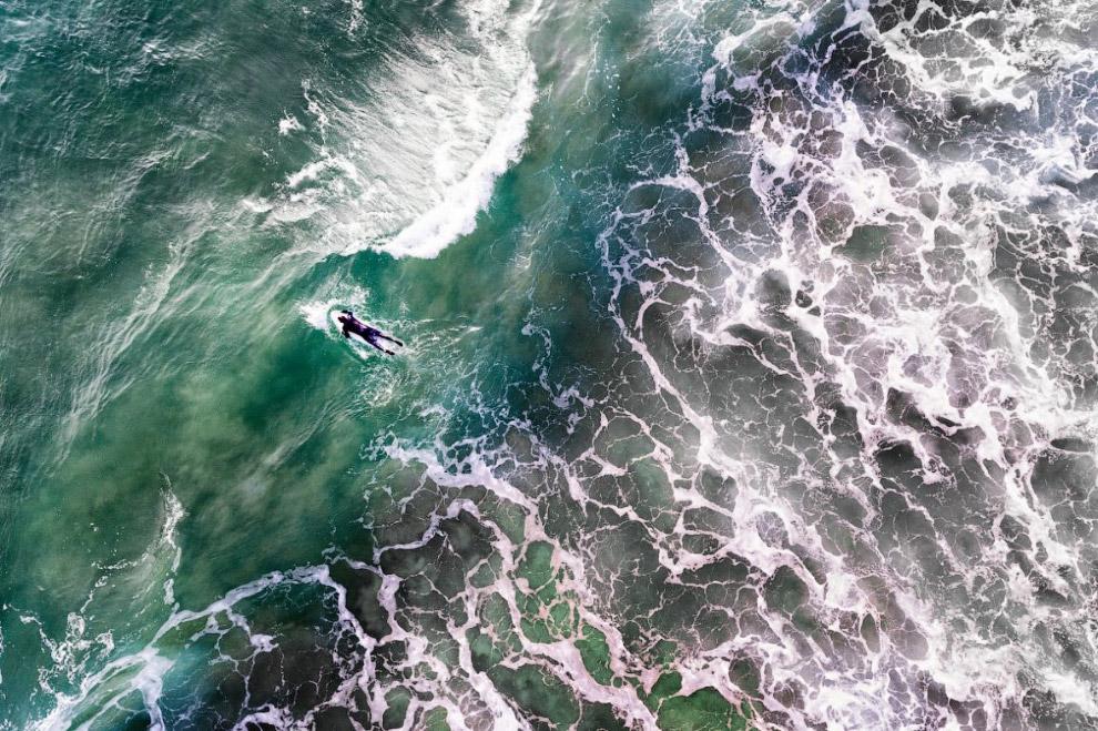 Серфинг в холодной Атлантике