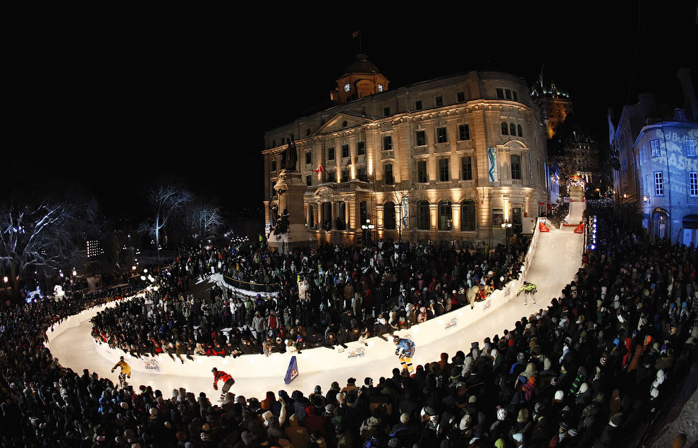 Crashed Ice Skating