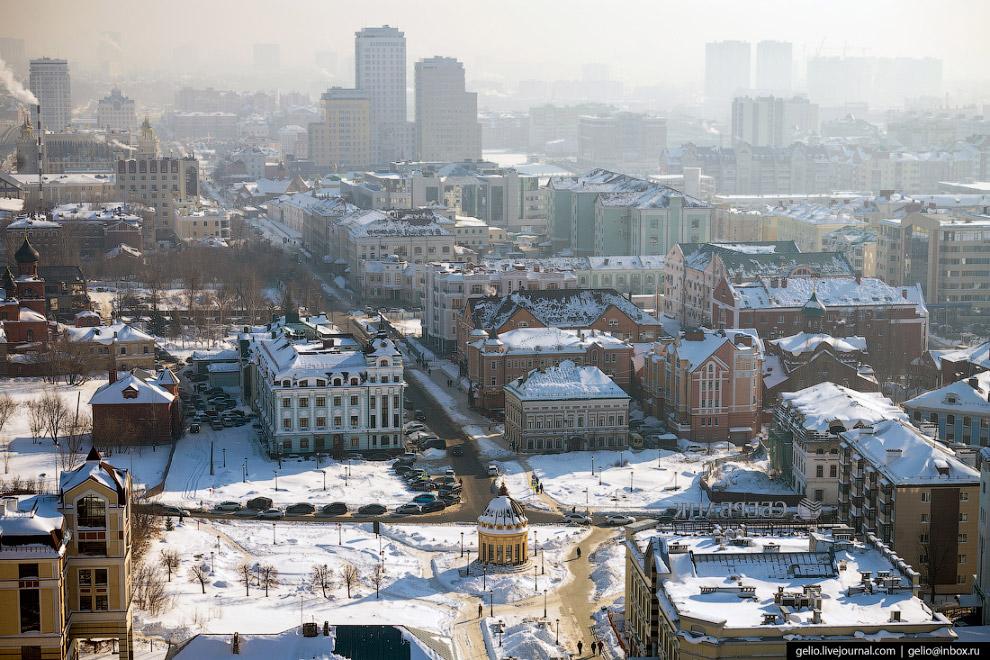 Частично пешеходная Петербургская улица