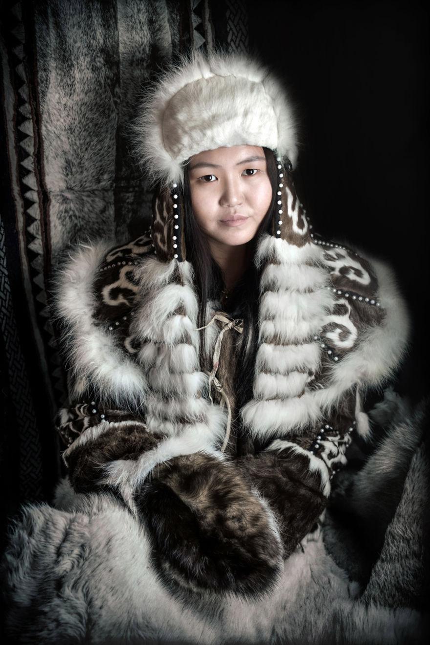 Эвены — сибирский тунгусо-маньчжурский народ, родственный эвенкам