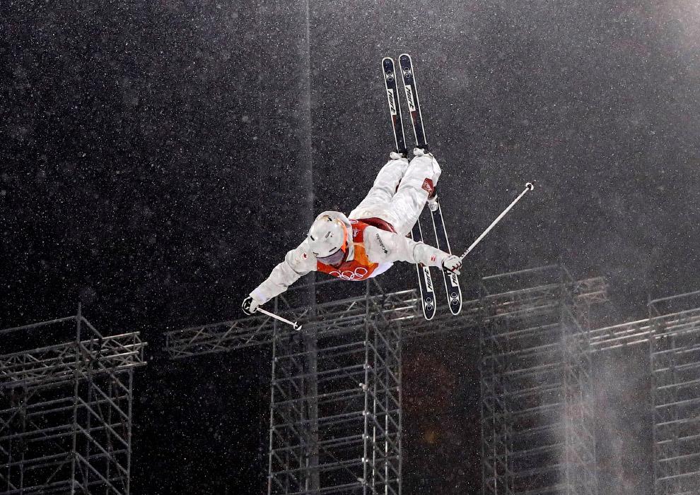 Могул — это вид лыжного фристайла, имеющих горнолыжную основу