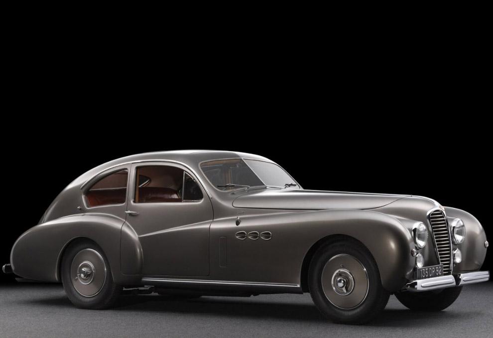 Ретро автомобиль Delahaye 135 M