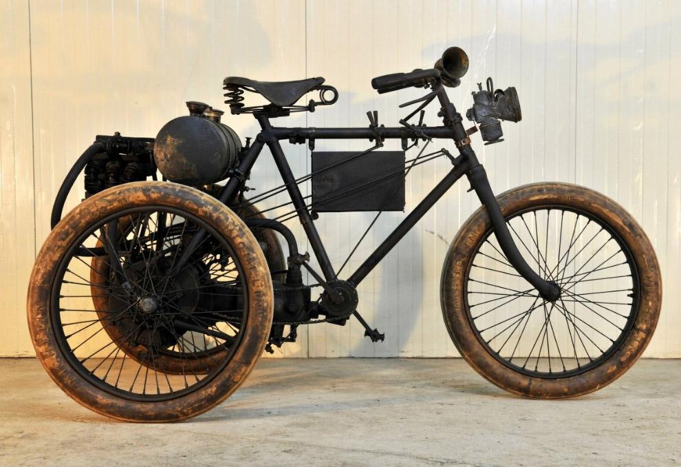 Французский трицикл Renaux
