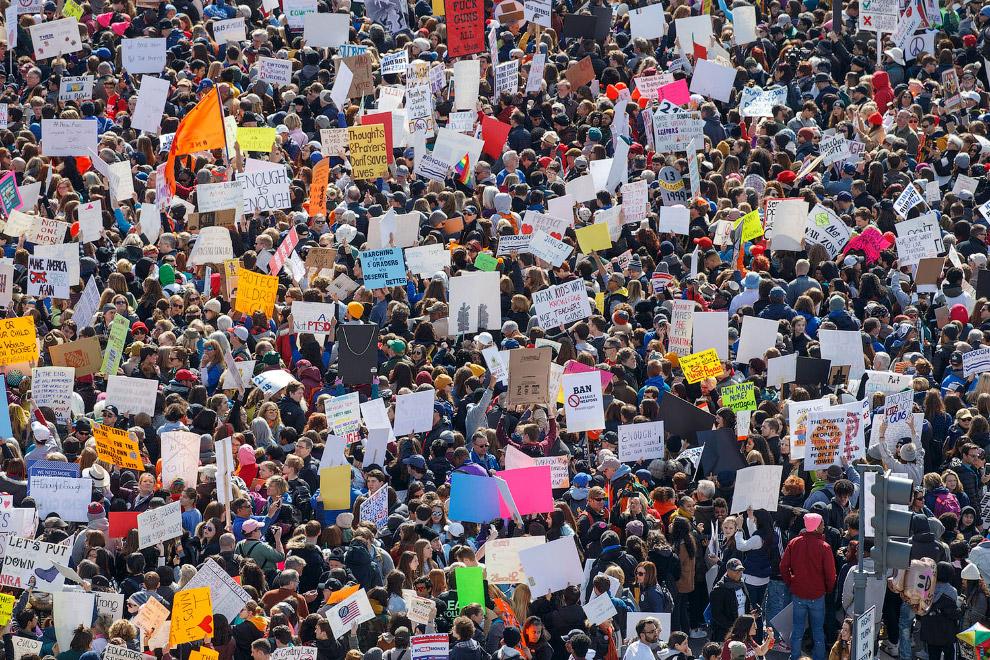 «Марш за наши жизни» в Вашингтоне, округ Колумбия