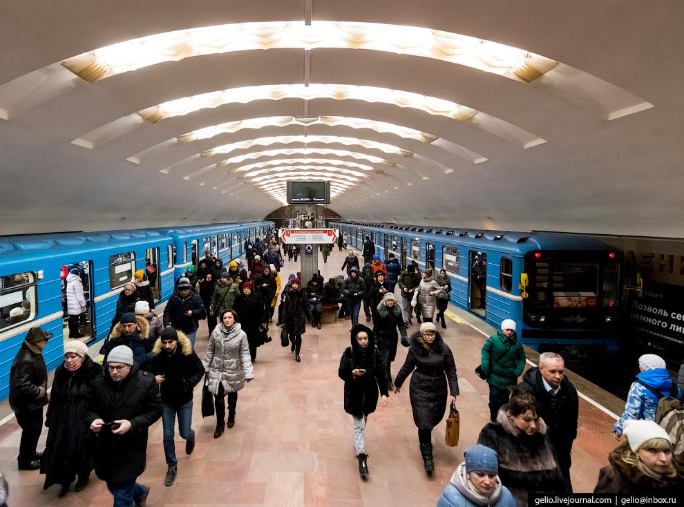 Станция «Площадь Ленина»