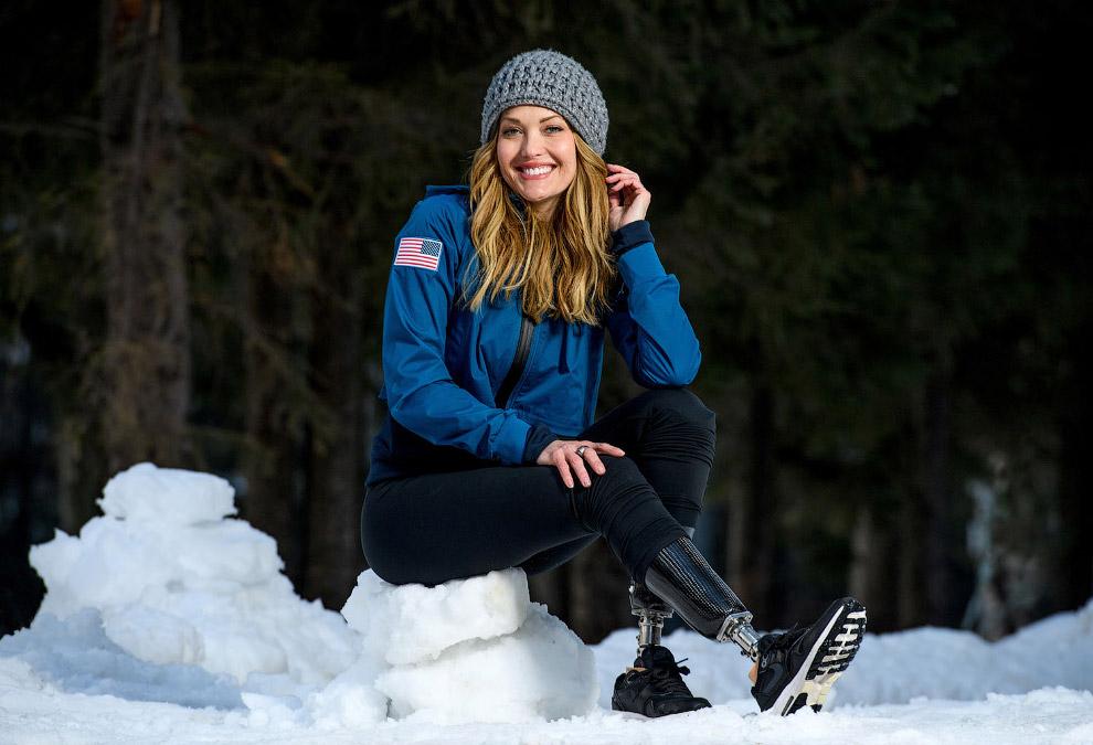 Эми Пёрди — американская пара-сноубордистка, выступающая в сноуборд-кроссе в категории SB (стоячих спортсменов)