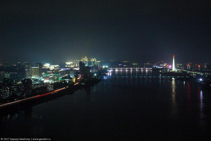 Ночные панорамы Пхеньяна