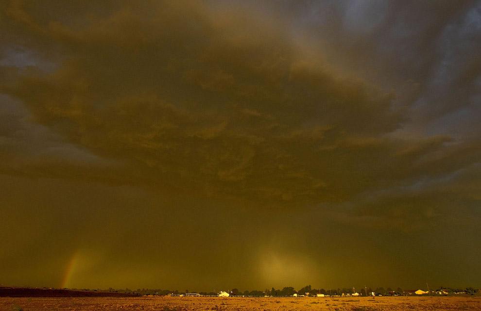 APTOPIX Arizona Dust Storm
