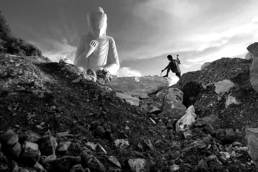 Рождение Статуи. Работа скульптора в Мьянме