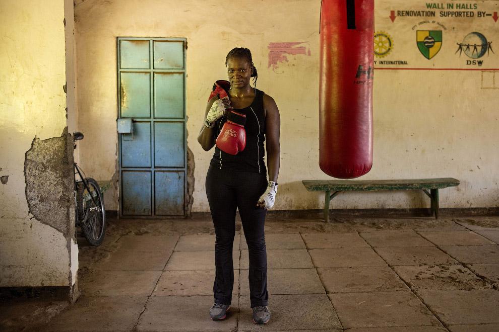 профессиональный боксер
