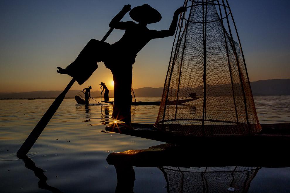 Традиционная рыбалка на озере Инле, Мьянма