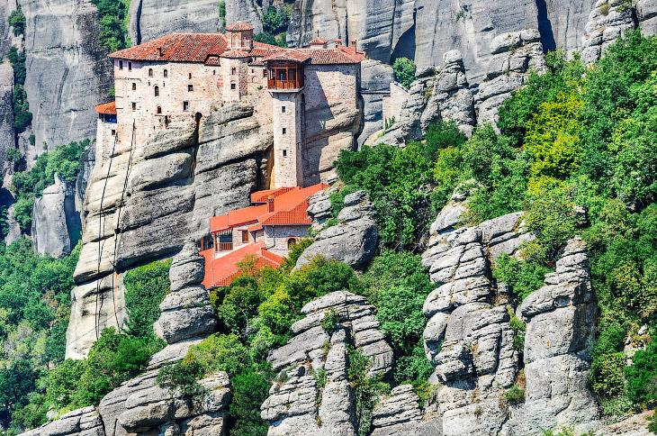 Парящие в воздухе монастыри Метеоры