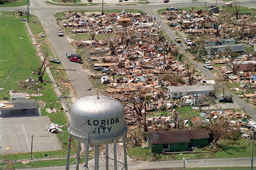 Ураган Эндрю, 1992 год