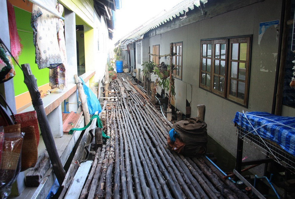 Ко Паньи — плавучая деревня в Таиланде