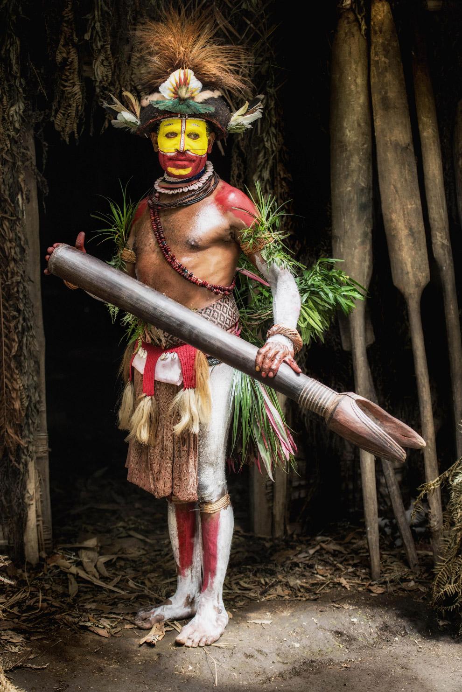 Колоритные папуасы из Папуа-Новой Гвинеи