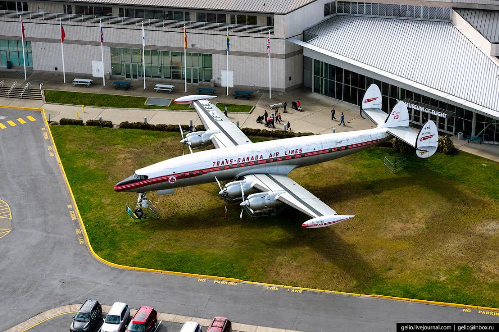 Музей авіації (Museum of Flight)