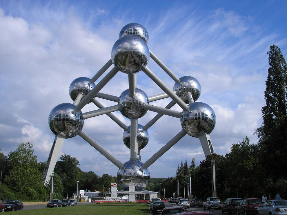 Атомиум, Брюссель, Бельгия