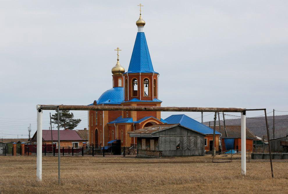 Футбольные ворота в селе Тюльково в Красноярском крае