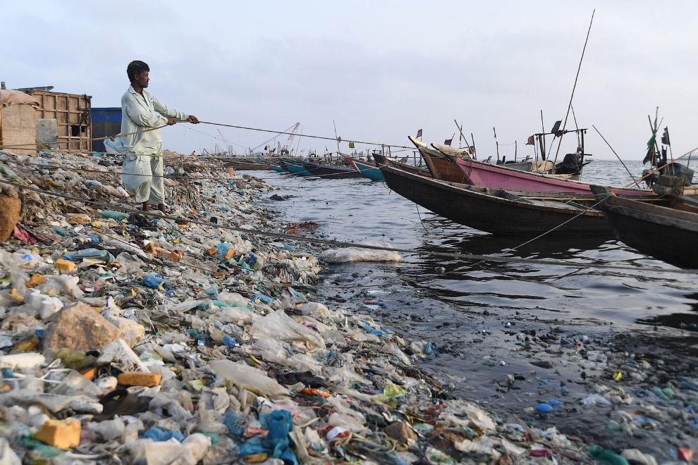 Рыбак-оптимист из Карачи, Пакистан