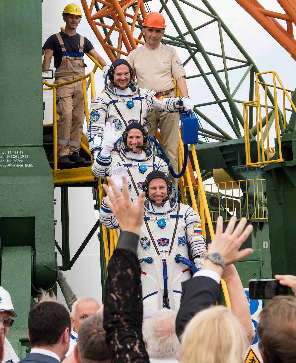 Expedition 56 Preflight