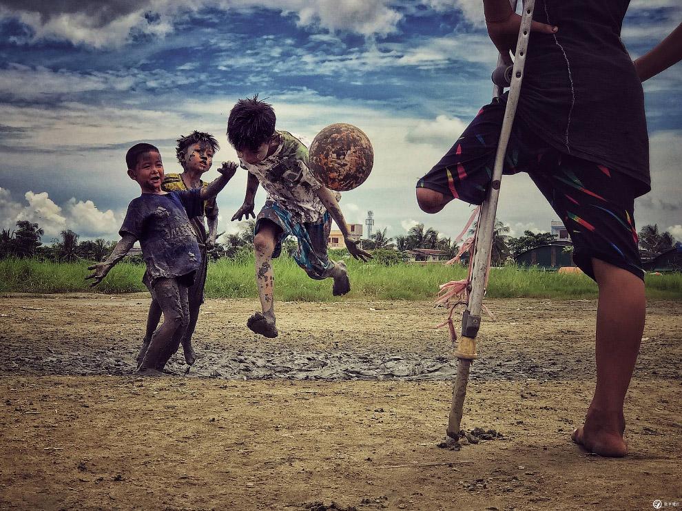 Футбол в Янгоне, Мьянма