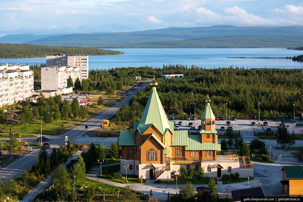 Свято-Троицкий храм на ул. Ломоносова.