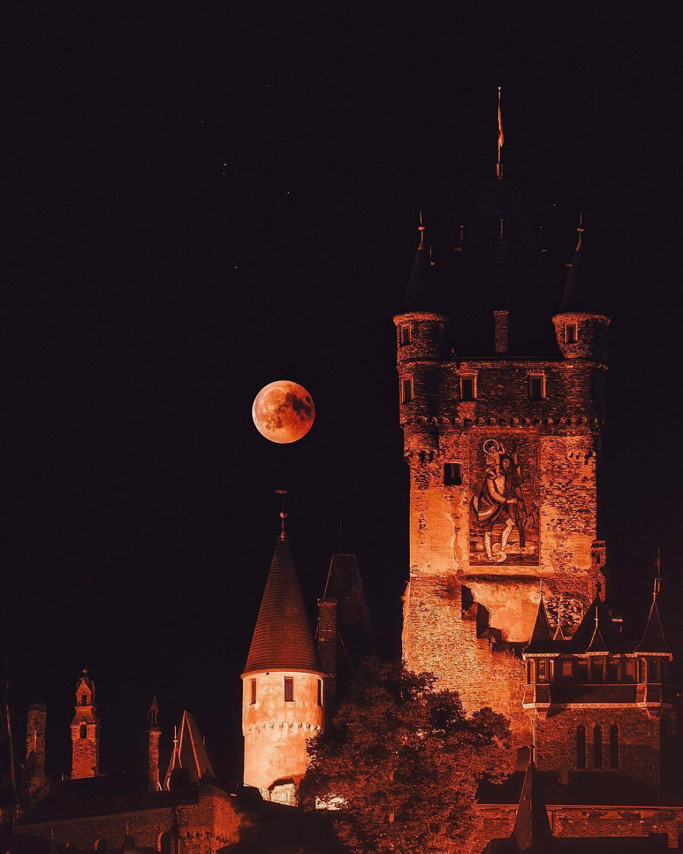 Лунное затмение XXI века в Германии