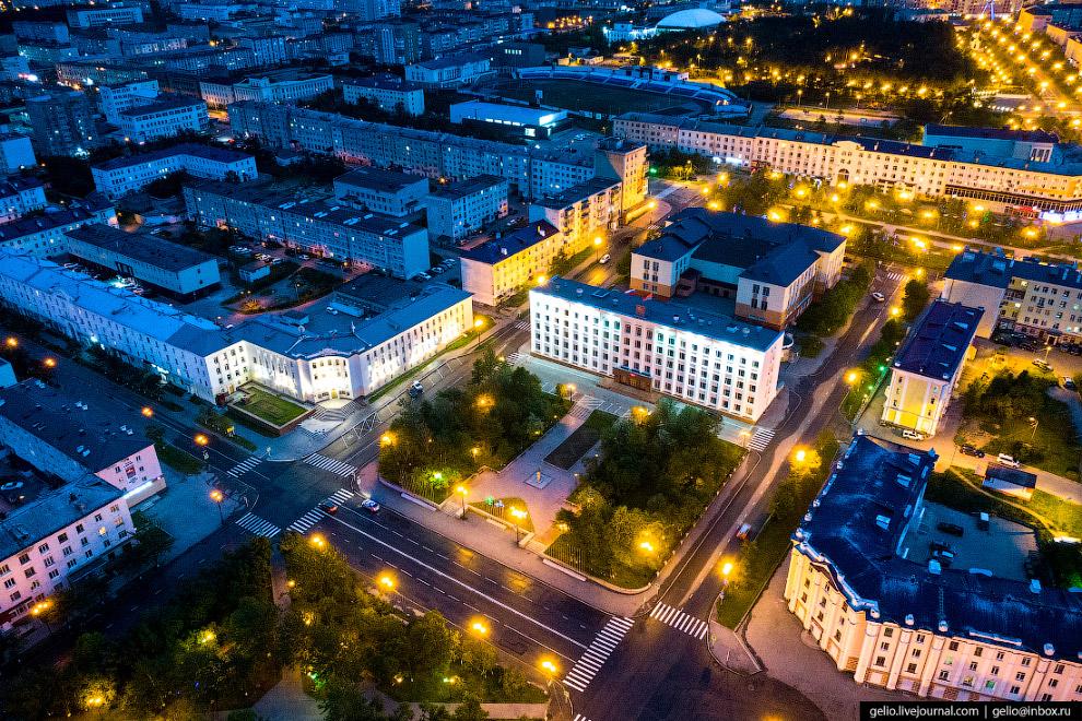 Здание мэрии Магадана.