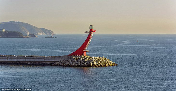 Gadeokdo East Breakwater, Южная Корея